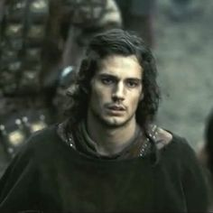 Henry Cavill - Screencaps from Tristan & Isolde