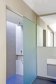 Frosted glass voor inloopdouche