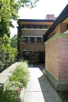 Frederick C. Robie House. 1909. Hyde Park, Chicago, Illinois. Prairie Style. Frank Lloyd Wright.
