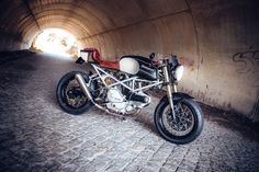 ducati-monster-caferacer-1213