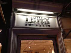 Entryway sign Manhattan - Alexandre shop