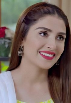 Pakistani Models, Ayeza Khan, Girls Dpz, Girl Face, Cook, Beautiful, Recipes, Fashion, Moda