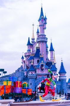 Disneyland Paris Noel, Disney Magic, Walt Disney, Disney Castles, Plus Belle, Disney Addict, Itunes, Bordeaux, Emoji