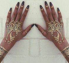 Mehndi Henna Tatto for Wedding Mehndi Tattoo, Henna Tattoos, Henna Tattoo Muster, Neue Tattoos, Body Art Tattoos, Mandala Tattoo, Paisley Tattoos, Henna Mandala, White Henna Tattoo