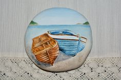 Painted stone, sasso dipinto a mano. Barche/mare. Boats/sea.