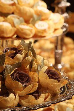 forminhas de doce em forma de flor para casamento