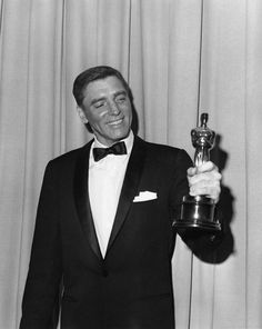 """""""The 33rd Annual Academy Awards"""" Burt Lancaster for his powerful performance won for best actor for """"Elmer Gantry"""" 1960 he also won a Golden Globe Award"""