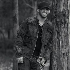 My handsome husband ♡♡ Cute Country Boys, Country Men, Country Strong, Country Living, Jake Owen, Brantley Gilbert, Florida Georgia Line, Chris Young, Kenny Chesney