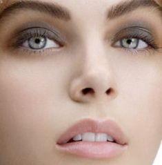 Grey & soft pink makeup