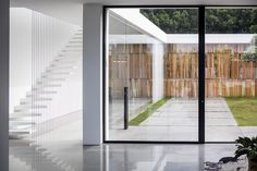 Pitsou Kedem Architects has completed a family home in Israel featuring living areas flanked by glazed walls that look out onto private courtyards Public Architecture, Commercial Architecture, Modern Architecture, Pitsou Kedem, Staircase Railings, Stairs, Staircases, Glazed Walls, Internal Courtyard