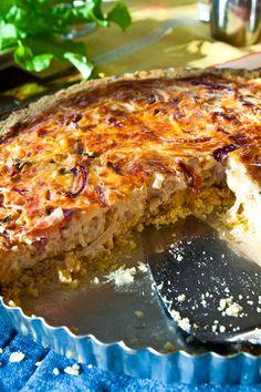 Glutenfri ostpaj med fyra sorters lök