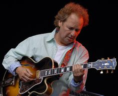 Lee Ritenour-awesome guitarist