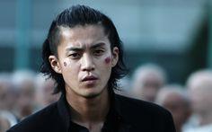 Download wallpapers Shun Oguri, Japanese actor, portrait, Japanese men