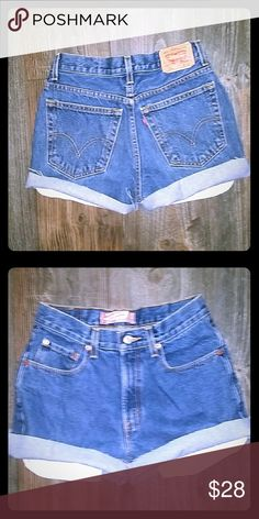 SOLD ON ⓂERCHARI LEVI HIGH WAIST ..AWESOME CUT OFF JEAN SHORTS..JUST IN TIME FOR SPRING.. BEST FITS SIZE 26/27❌RESTOCKED❌ Levis Shorts Jean Shorts