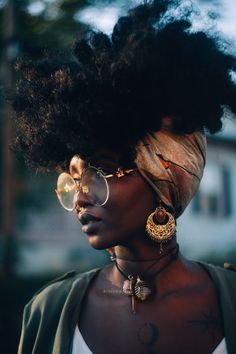 33 trendy ideas for hair drawing afro black girls Cabelo Natural 4c, 4c Natural Hair, Natural Hair Styles, Natural Beauty, Natural Skin, Natural Hair Black Girls, Black Women Hair, Black Hair Afro, Natural Women