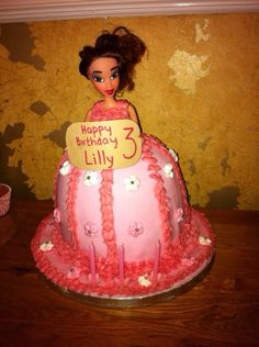 Loved chopping the legs off Barbie for this dolly cake!