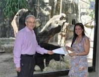 Leo Eisenband en Zoologico de Barranquilla en el momento que Fedco adopta el Oso de Anteojos.