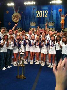Kentucky Wildcats Cheerleaders win their 19th National Championship!