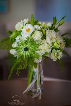 Wedding Decor Ideas, Wedding Decor, Minimalistic Decor...... Weddings, Wedding in Hawaii, Beach Wedding, Hawaii Wedding Photographer, Weddings, Oahu Wedding, Kauai Wedding, Maui Wedding.