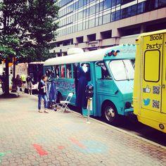 DC Fashion Trucks: Street Boutique Fashion Truck, Pichardo, The Thread Truck #dcfashiontruck