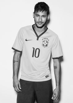 Neymar da Silva Santos Júnior, allgemein bekannt als Neymar oder Neymar Jr. Neymar Jr, Brazilian Soccer Players, Paris Saint Germain Fc, Neymar Brazil, Madrid Football, New York Times Magazine, Bae, National Football Teams, Fc Barcelona