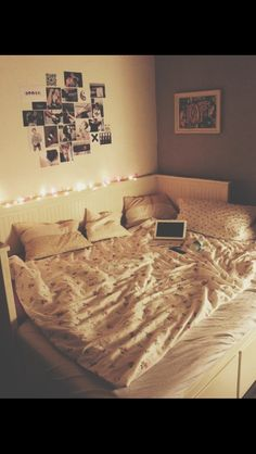 why cant my current room be like this?...i need to be more creative i guess.. but for now...
