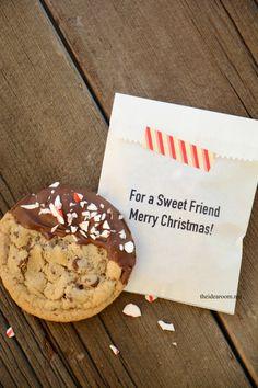 Christmas Cookies Chocolate Chip Recipe and Free Printables | theidearoom.net