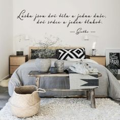 45 Scandinavian Bedroom Ideas That Are Modern And Stylish Aesthetic Bedroom Minimalist Furniture, Minimalist Home Decor, Minimalist Bed Frame, Scandinavian Bedroom, Aesthetic Bedroom, Bed Styling, Home Staging, Home And Living, Furniture Decor