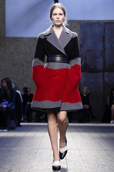 Sportmax Ready To Wear Fall Winter 2014 Milan - NOWFASHION