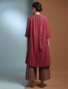 Buy SHIULI - Red Handloom Cotton Kurta with Kantha Embroidery Online at Jaypore.com