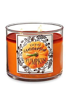 Bath & Body Works and single wick candles are made using the highest concentration of fragrance oils. Browse a variety of scents for your home now! Bath Candles, 3 Wick Candles, Diy Candles, Scented Candles, Candle Jars, Candle Gifts, Winter Candy Apple, Halloween Diy, Halloween Makeup