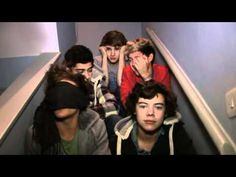 Day 28: Favorite One Direction video diary. this is a new one. it's so funny and it has some old fashioned larry, and of course niall's adorable laugh