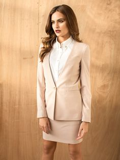 Stay trendy & professional with Sumissura Made to Measure Skirt Suits!