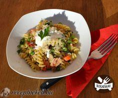 Tejszínes-csirkés tészta Risotto, Pasta, Meat, Ethnic Recipes, Food, Essen, Noodles, Yemek, Eten