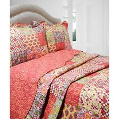 vintage classics collection madeline quilt set various sizes