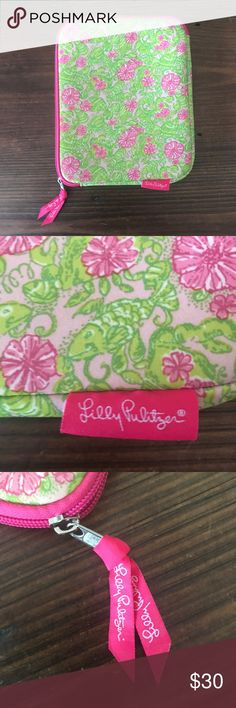 Lilly Pulitzer iPad Soft Zipper Case. Adorable Pink and Green Floral Lilly Pulitzer Soft iPad Case. Zipper closure. Excellent condition. Lilly Pulitzer Accessories Tablet Cases