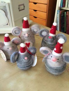 Lil Christmas mice!