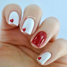 Add a touch of love to your manicure with a heart. It's a great way to add design to your next manicure. Find some heart nail art inspiration for your nails. Heart Nail Designs, Valentine's Day Nail Designs, Simple Nail Art Designs, Acrylic Nail Designs, Acrylic Nails, Nails Design, Seasonal Nails, Holiday Nails, Christmas Nails