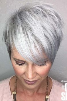 Short Hairstyles for Women Over 40: Your Age Does Not Matter ★ See more: http://lovehairstyles.com/hairstyles-for-women-over-40/