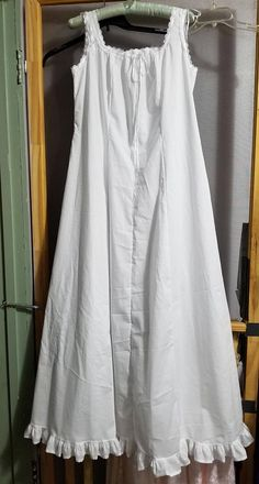 Cotton Nightgown Handmade Victorian/Vintage Style Floor Length Made to order Nightgown Pattern, Vintage Nightgown, White Nightgown, Night Dress For Women, Vintage Fashion, Vintage Style, Vintage Hats, 1950s Fashion, Victorian Fashion