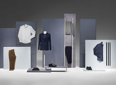 This display is very simple. Can change around the type of styles displayed and colour....to suit a womens wear store.