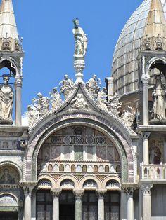 Saint Mark's Basilica. Italian Gothic/ Byzantine and Gothic.1084-1117. Venice, Italy. Domenico Contarini