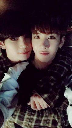 Hansol 한솔 and B-Joo 비주 from Topp Dogg 탑독 ♥