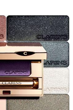Sombras minerales de efecto seco y mojado de larga duración de Clarins.