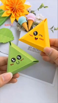 Diy Crafts Hacks, Diy Crafts For Gifts, Easy Diy Crafts, Creative Crafts, Fun Crafts, Crafts For Kids, Diy Projects, Cool Paper Crafts, Paper Crafts Origami