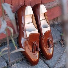 Tassel loafer the Saint Crispin's way. In the beautiful Russian calf and on the…