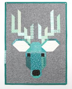 Piece the cutest, trendiest animal quilts around! Create modern bear and deer blocks with included patterns and guidance from designer Elizabeth Hartman. Paper Piecing Patterns, Quilt Patterns, Moose Quilt, Elizabeth Hartman Quilts, Wildlife Quilts, Barbie Vintage, Woodland Animals, Woodland Creatures, Animal Quilts