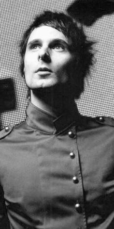 Gabi found this earlier and I forced her to pin it. The most attractive picture ever of Matt Bellamy.