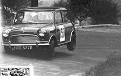 John Cooper Works, Classic Mini, Old Cars, Rally, Minis, Mini Stuff, Mini Coopers, Racing, Madness