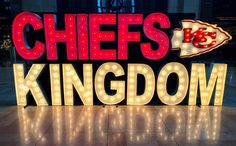 Football Clips, Football Things, Chiefs Wallpaper, Kansas City Chiefs Shirts, Chiefs Super Bowl, Union Station, For Facebook, Facebook Banner, Light Up